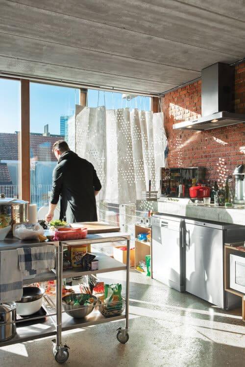 Hustling in a Hipster Kitchen UH