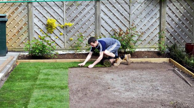 how to lay turf easily