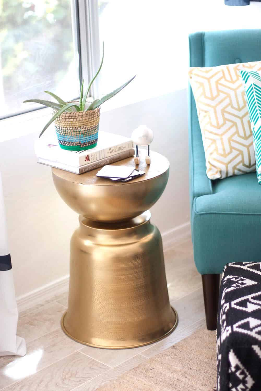 The Just-2-Steps DIY Side Table