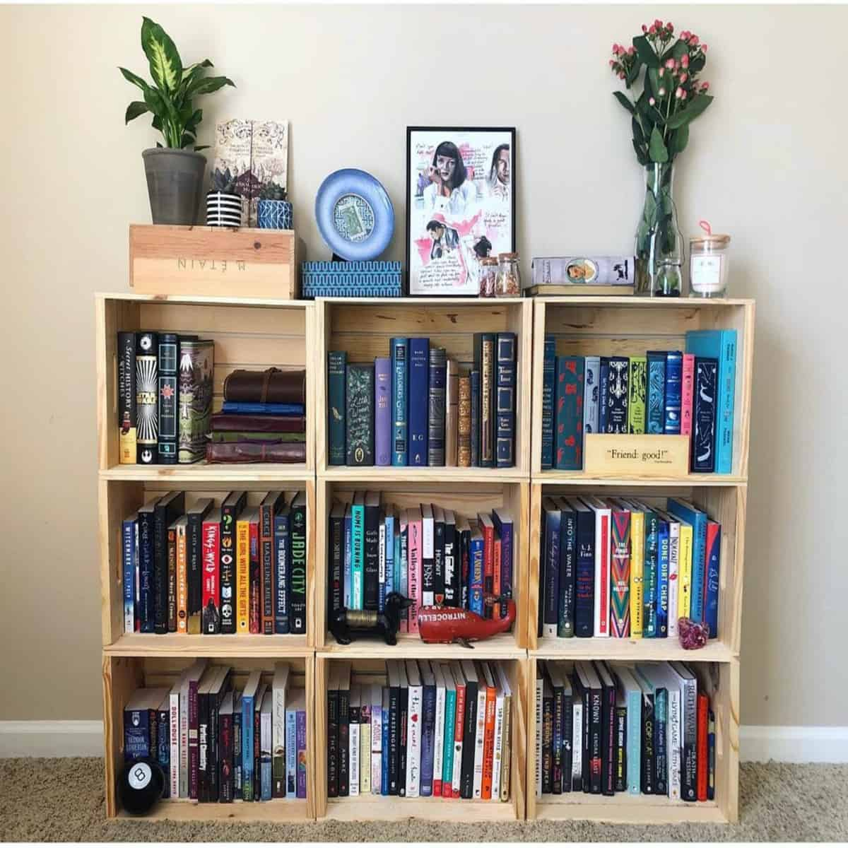 Simple Bookshelf with Homey Decoration