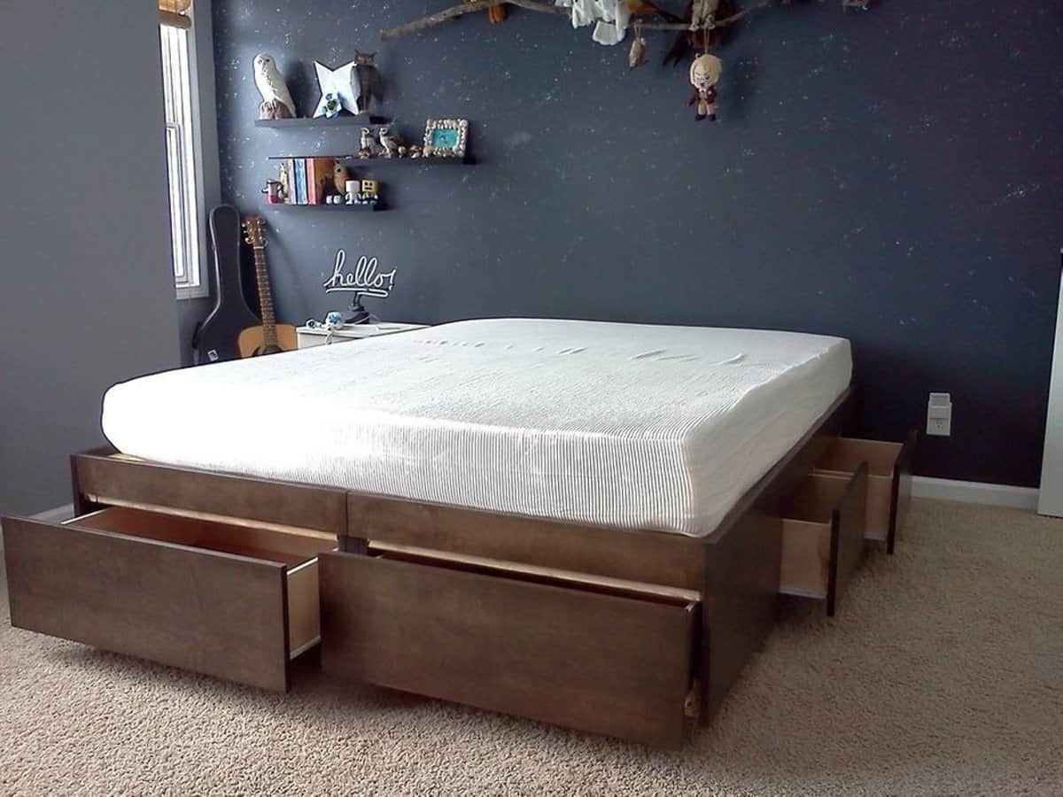 Simple Platform Bed with Large Drawers