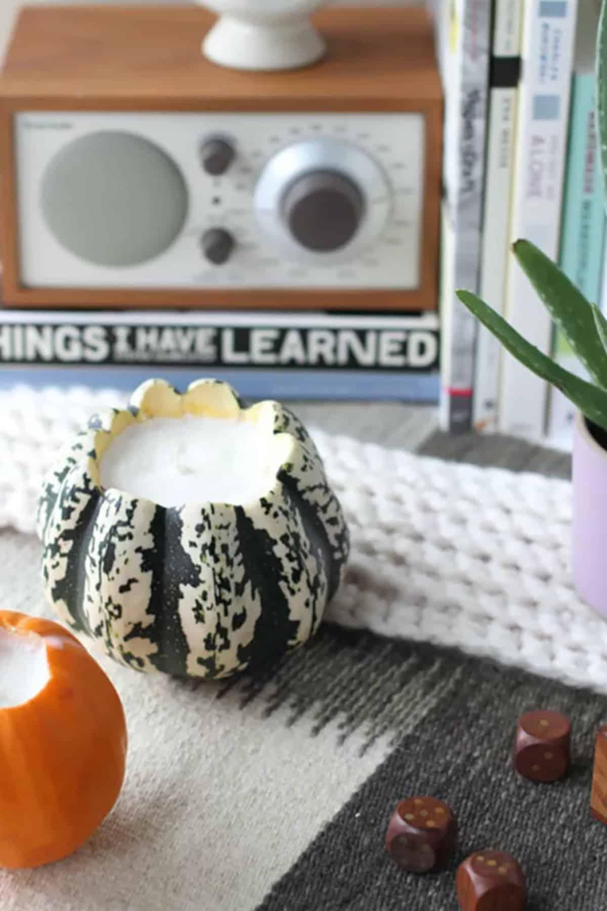 The Mini Pumpkin Candles