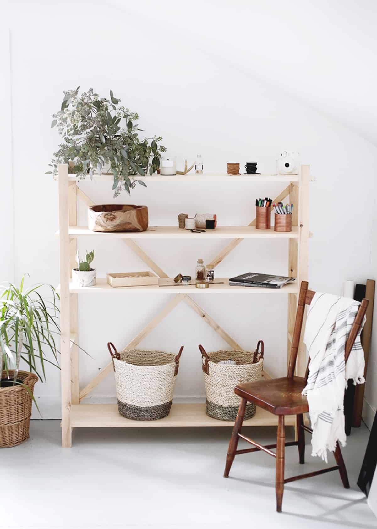 Simple DIY Bookshelf with Baskets