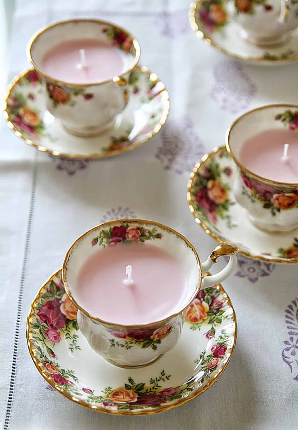 The DIY Flowery Christmas Candles
