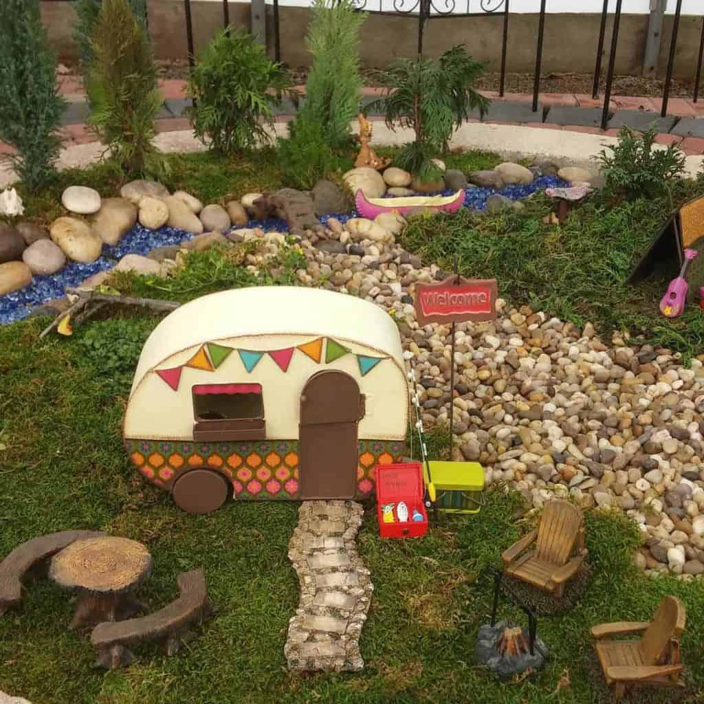 18 Beautiful Fairytale Garden Ideas: Creating Fantasyland With 20 DIY Fairy Garden Ideas