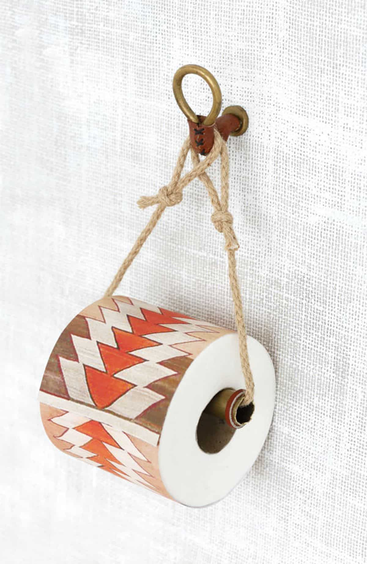 Simple Toilet Paper Holder with Rope