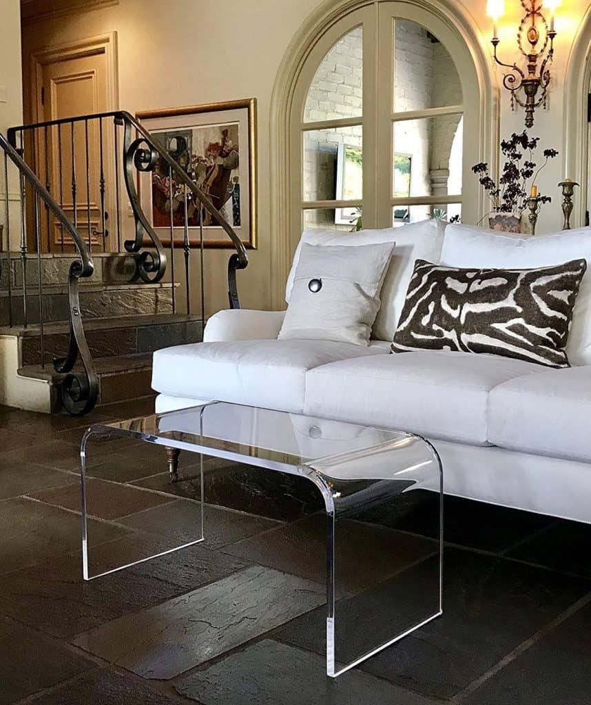 Sleek and Seamless Acrylic Table