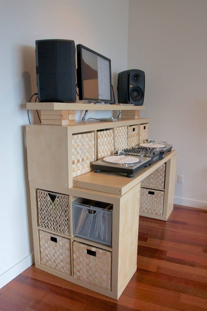 The Spaceship DIY Standing Desk