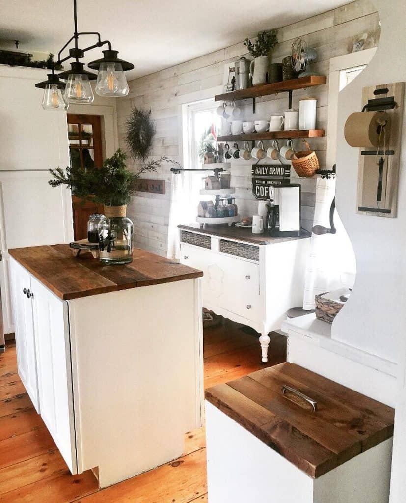 Farmhouse Kitchen with Coffee Bar (by. @thelongawaitedhome)