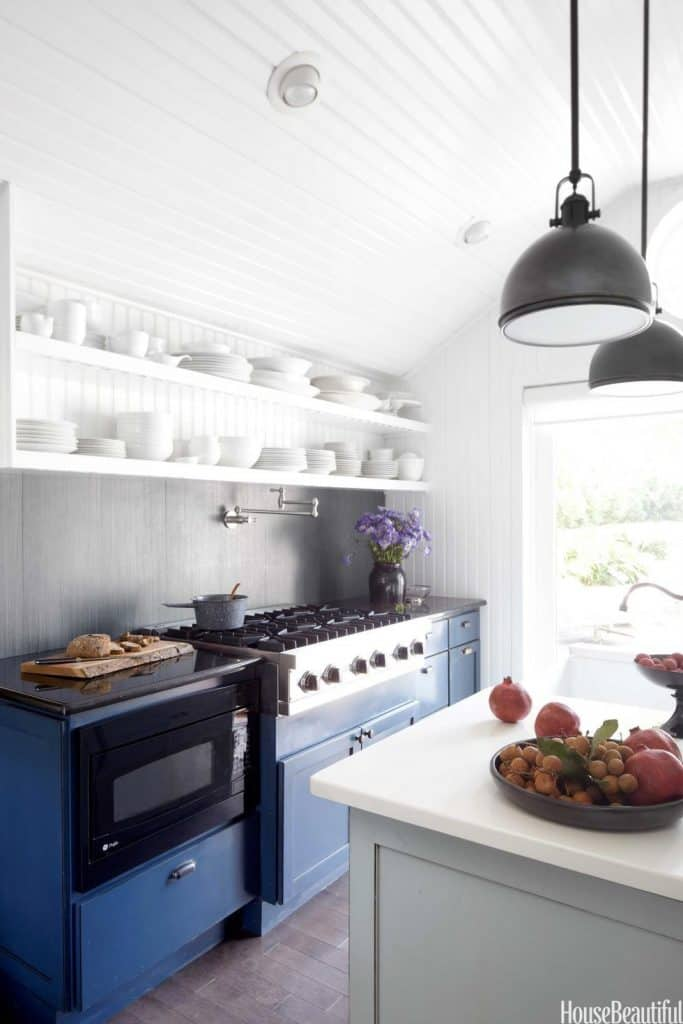 White Farmhouse Kitchen with Bright Colors (by. housebeautiful.com)