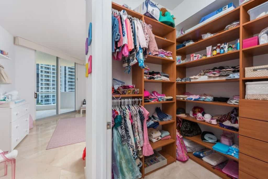 Simple Wooden Closet for Kids (by. @atlanticone903)
