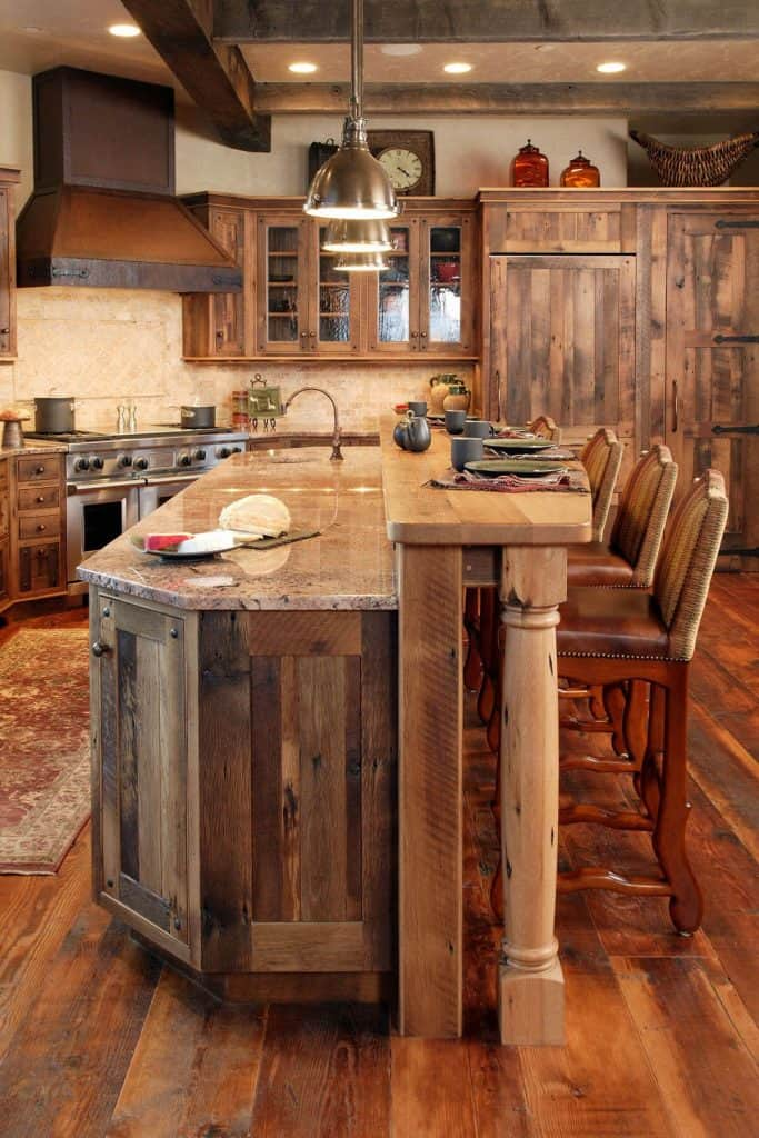 Rustic Cabinets in Luxurious Ski Lodge (by. steamboatlocalbrokers.com)