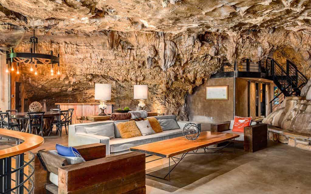 The Beckham Creek Cave House