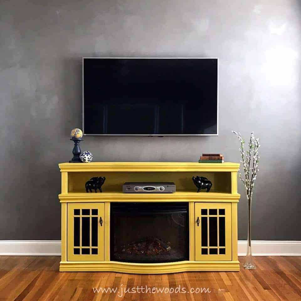 Yellow Cheap DIY TV Stand (by. justthewoods.com)