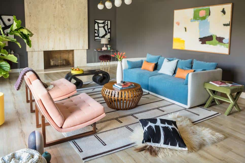 Mix and Match Living Room (by. hgtv.com)