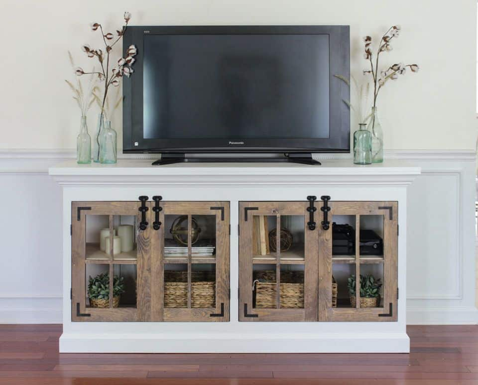 Farmhouse Cabinet TV stand (by. buildsomething.com)