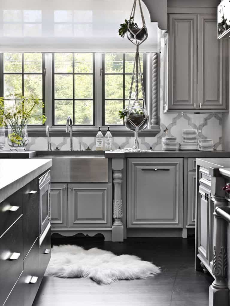Gray Cabinets in a Glamorous Vibe (by. elledecor.com)