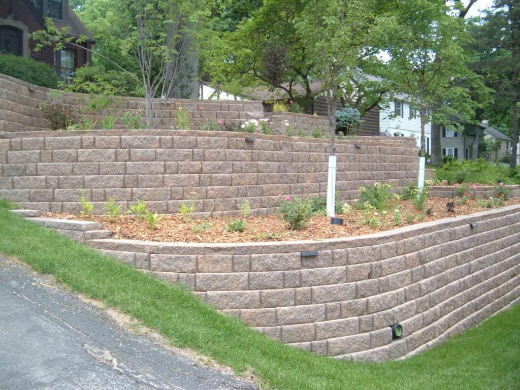 purpose of building a retaining wall