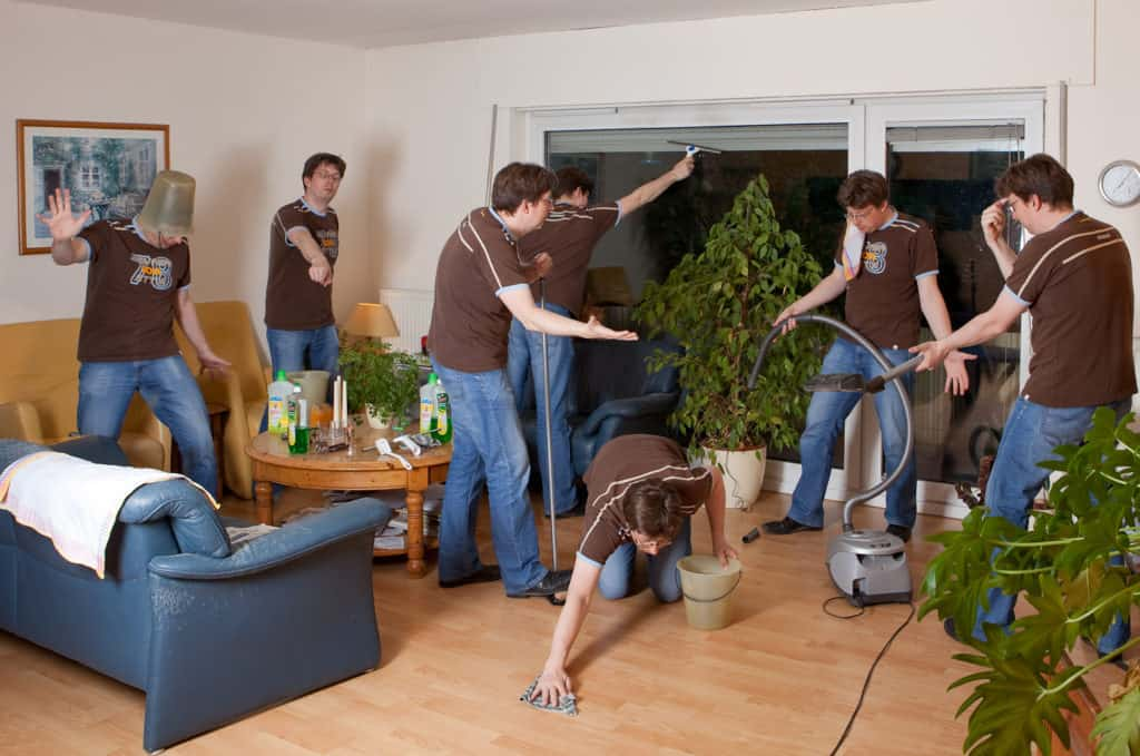How to Deep Clean a House Fast: The Ultimate Guide