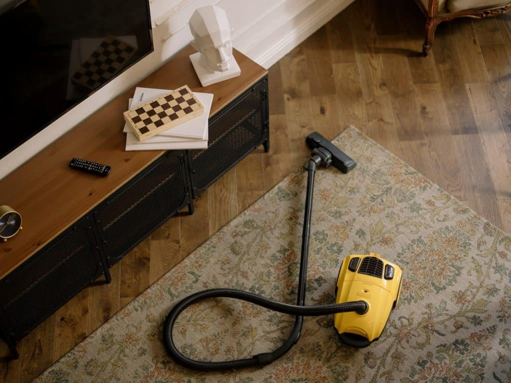 9 Deep-cleaning Tips For Your Carpet